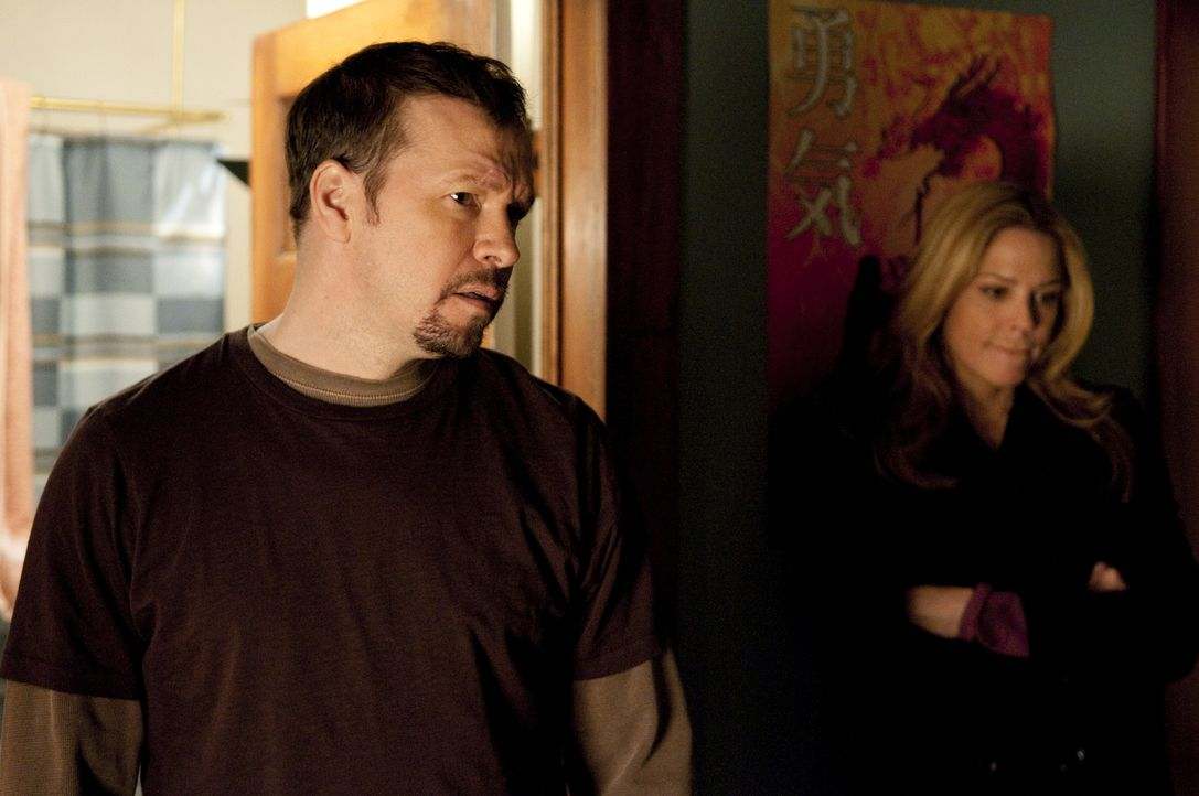 Jimmy McCabe (Donnie Wahlberg; l.); Mary Shannon (Mary McCormack, r.) - Bildquelle: Colleen Hayes USA Network / Colleen Hayes