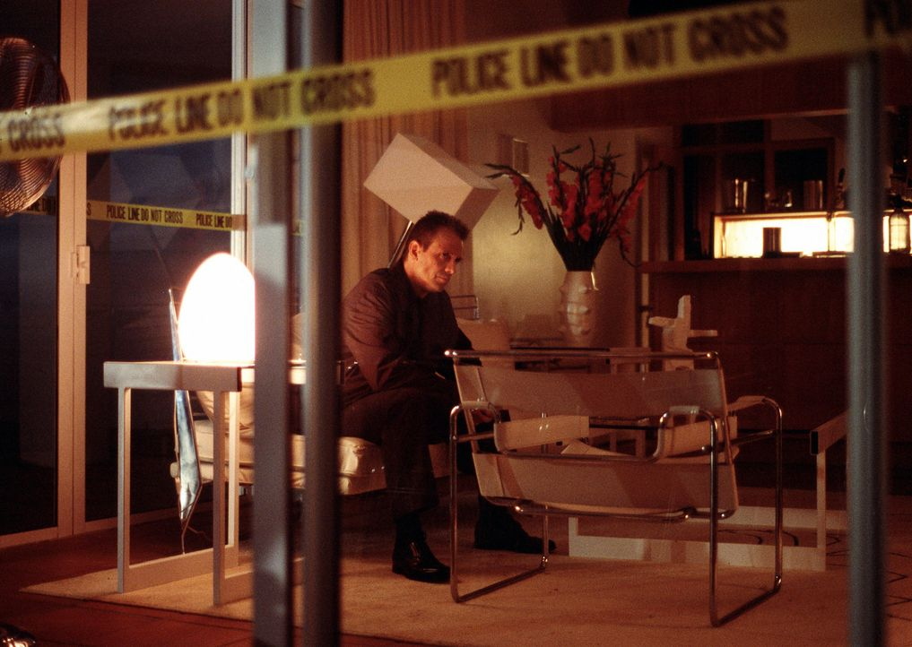 Weiß Detective Macy Kobacek (Michael Biehn) mehr, als er bereit ist, kundzutun? - Bildquelle: ApolloMedia
