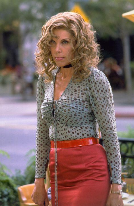 Carol (Christine Baranski) übernimmt ebenfalls eine Rolle in Bowfingers Low-Budget-Film, denn die alternde Diva träumt seit Jahren von einem neuen... - Bildquelle: Universal Pictures