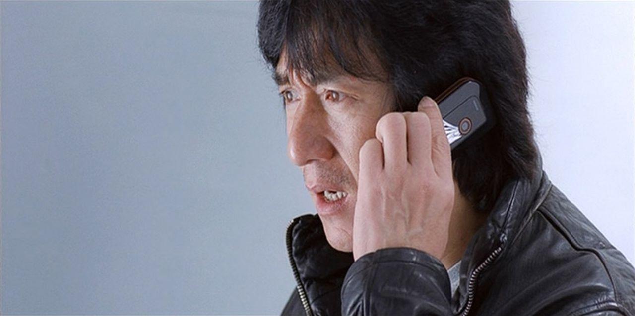 Wing (Jackie Chan) ist ein höchst angesehener Inspektor der Hongkonger Polizei. Eine lebende Legende, der Beste der Besten. Sein neuester Fall: Ein... - Bildquelle: E.M.S.