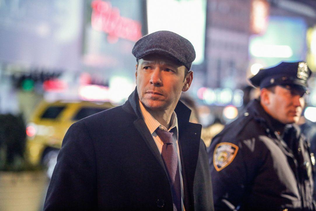 Auch wenn das erste Mordopfer keinen Dreck am Stecken hat, stößt Danny (Donnie Wahlberg) bei den darauf folgenden auf Gründe, warum jemand sauer auf... - Bildquelle: Craig Blankenhorn 2013 CBS Broadcasting Inc. All Rights Reserved.