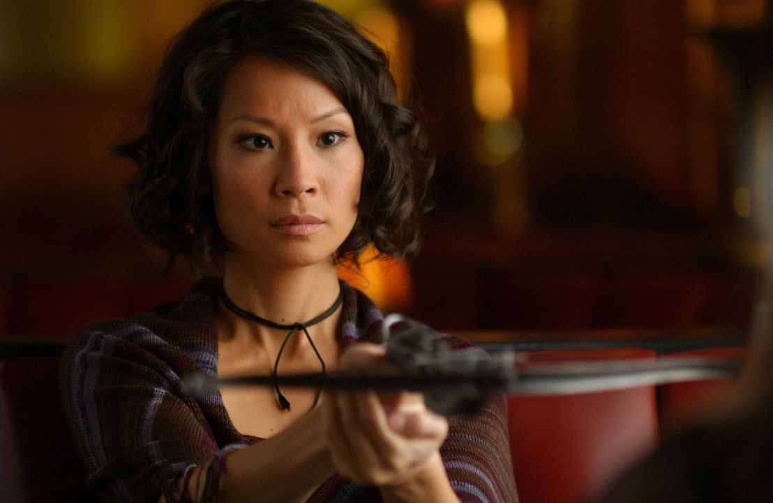 Mit Armbrust und Hass im Herzen macht sich Sadie Blake (Lucy Liu) daran, den Sektenboss Bishop und seine Leute dauerhaft auszuschalten ...
