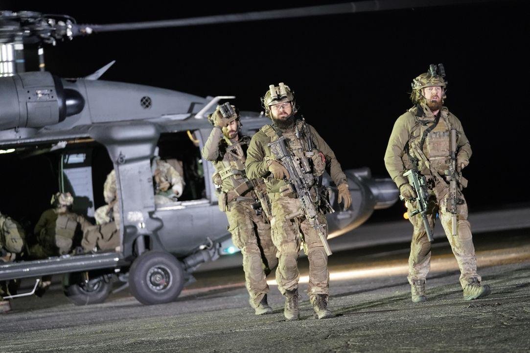 Auf dem Weg zu einer letzten Rache-Mission: Das SEAL-Team ... - Bildquelle: Erik Voake CBS © 2018 CBS Broadcasting, Inc. All Rights Reserved. / Erik Voake