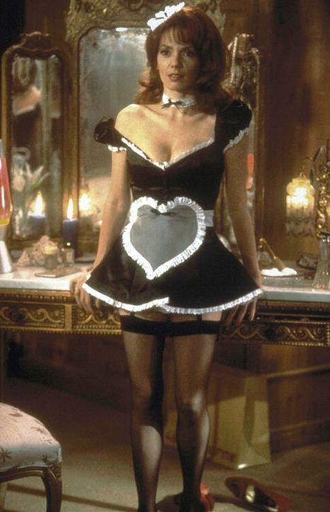 Welche Rolle spielt die attraktive Lori (Joanne Whalley-Kilmer) in dem Verwirrspiel? - Bildquelle: Warner Bros.