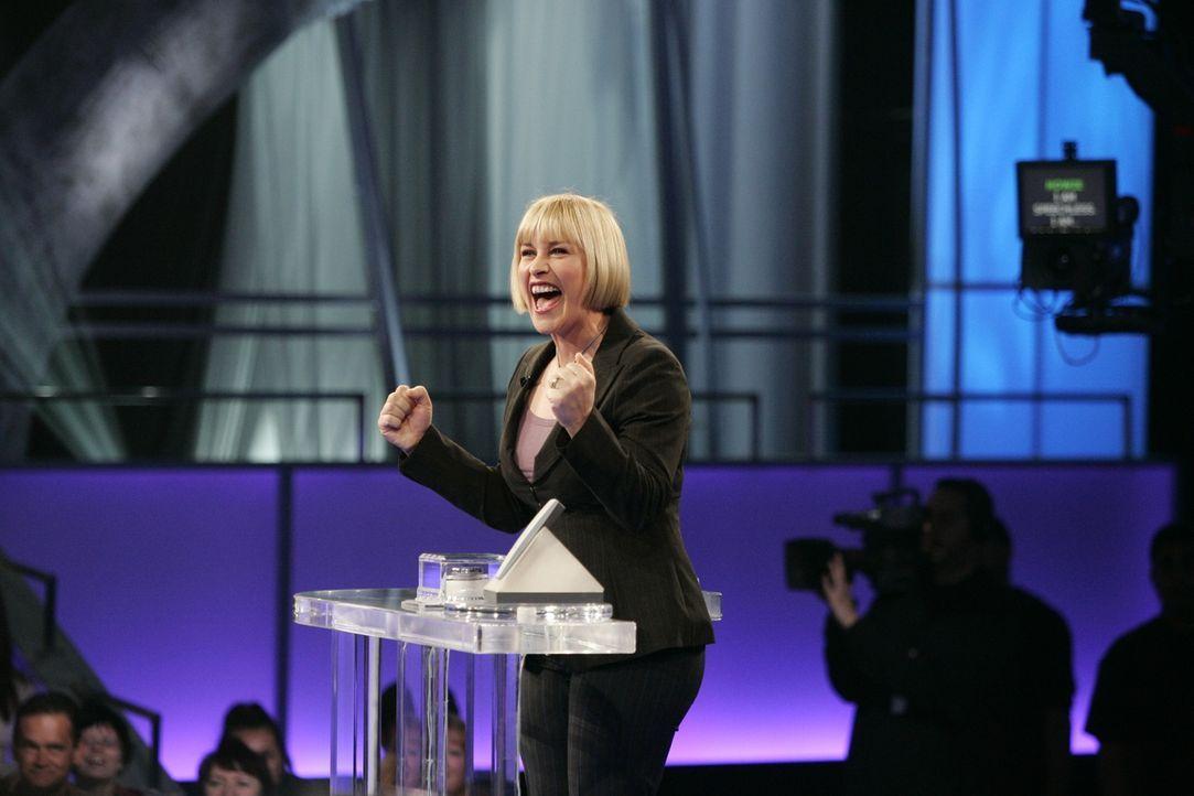 """Allison (Patricia Arquette) träumt, dass sie als Kandidatin an der Show """"Deal or no Deal"""" teilnimmt ... - Bildquelle: Paramount Network Television"""