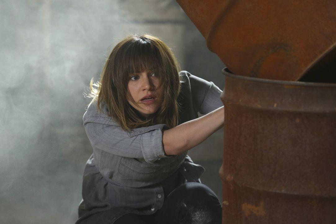 Bringt sich in Lebensgefahr, um eine junge Frau zu retten: Paige (Katharine McPhee) ... - Bildquelle: Sonja Flemming 2014 CBS Broadcasting, Inc. All Rights Reserved