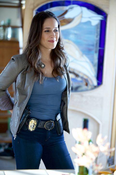Villa (Jaina Lee Ortiz) versucht den Kontakt zu ihrer Mutter wiederherzustellen, doch die ersten Versuche gehen voll daneben ... - Bildquelle: 2015-2016 Fox and its related entities.  All rights reserved.