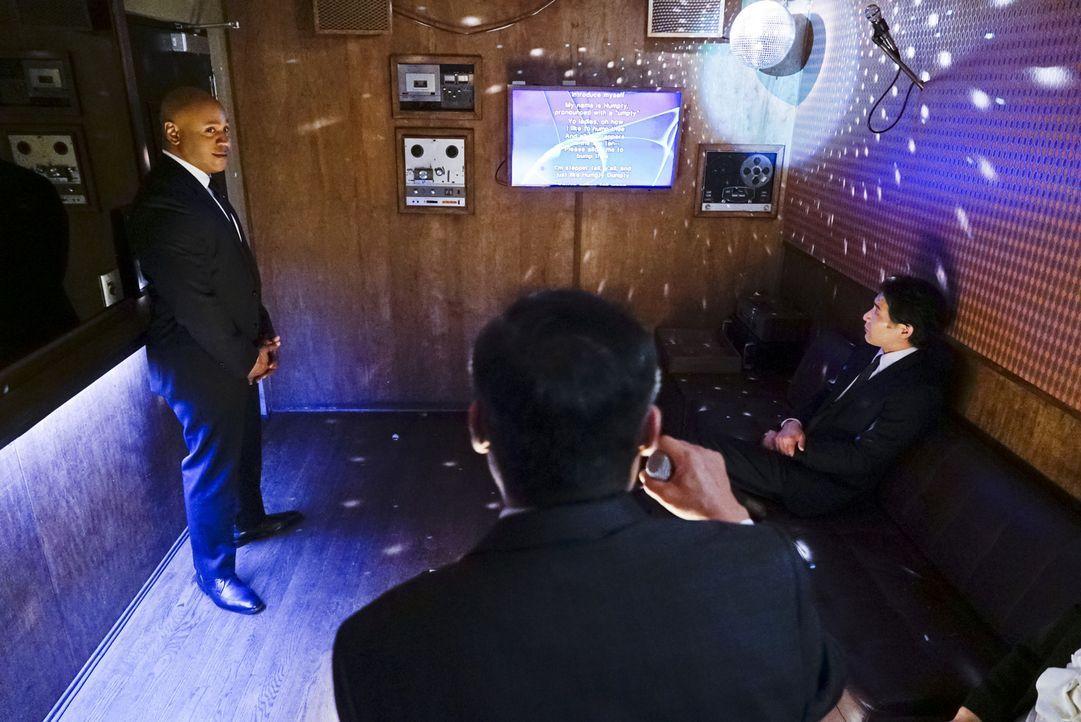 Das Team ist auf der Suche nach einem nordkoreanischen Spion, der eine Gefahr darstellen könnte. Doch wird es Sam (LL Coll J, l.) gelingen, ihn zu e... - Bildquelle: Cliff Lipson 2016 CBS Broadcasting, Inc. All Rights Reserved