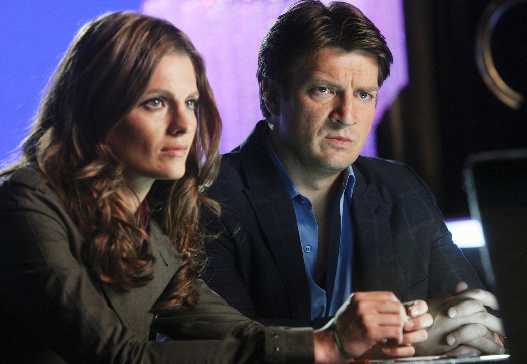 Arbeiten an einem neuen Fall: Richard Castle (Nathan Fillion, r.) und Kate Beckett (Stana Katic, l.) - Bildquelle: ABC Studios