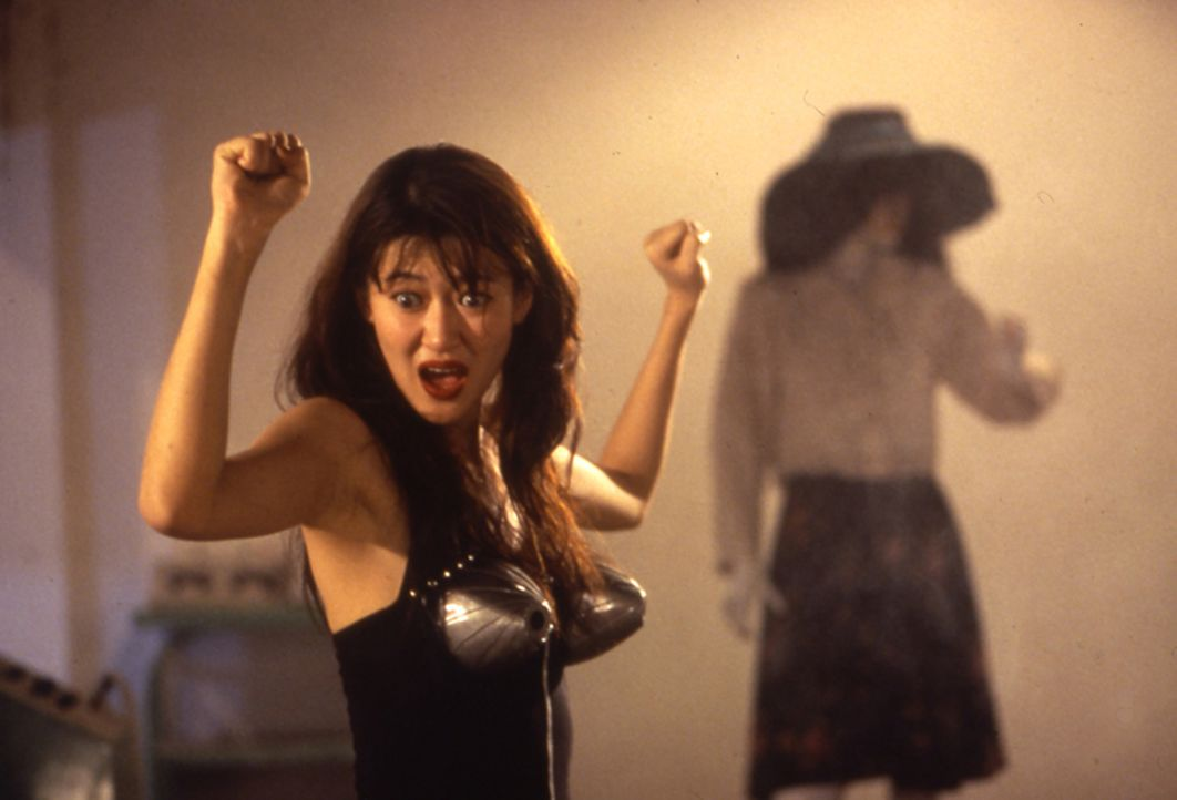 Kann Chinas Top-Agent Ling Ling Chai der mysteriösen Frau (Pauline Chan) trauen? - Bildquelle: Splendid Film