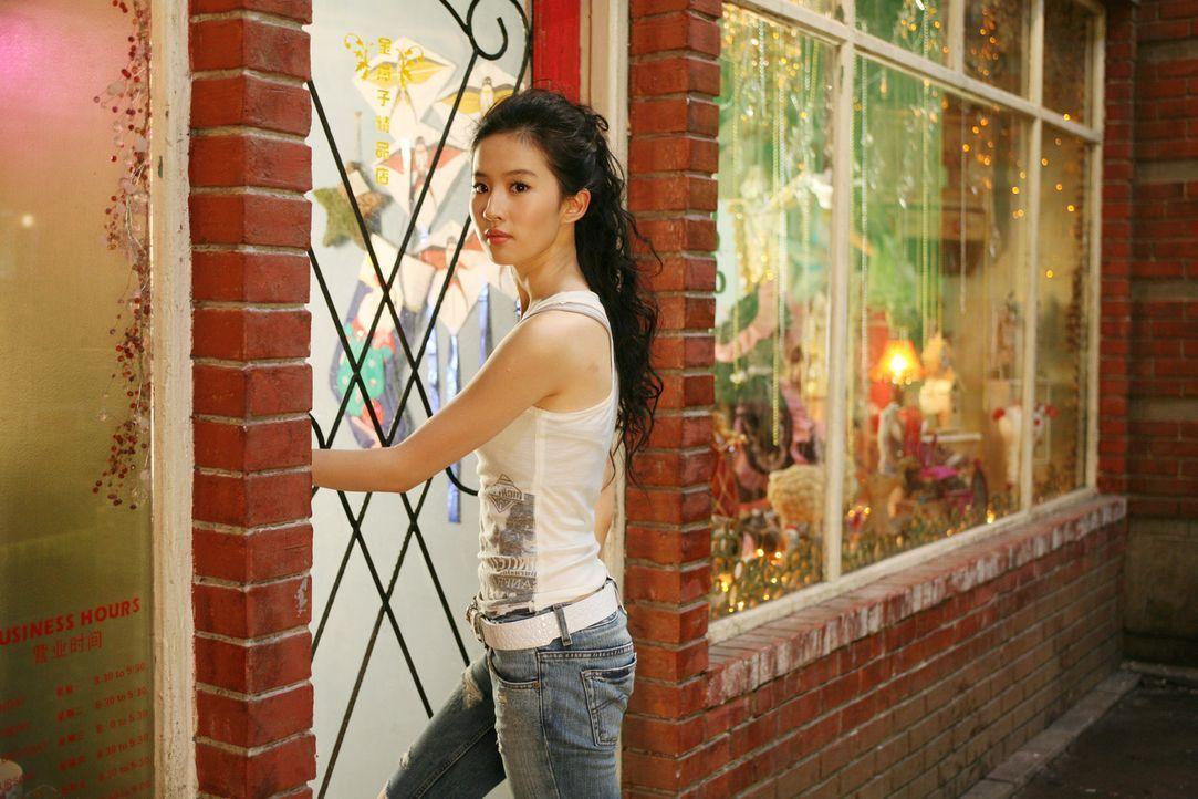 Wird Jason erst spät bewusst, um wen es sich bei dem schönen Mädchen aus Chinatown (Yifei Liu) wirklich handelt ... - Bildquelle: 2008 J&J Project LLC. ALL RIGHTS RESERVED.