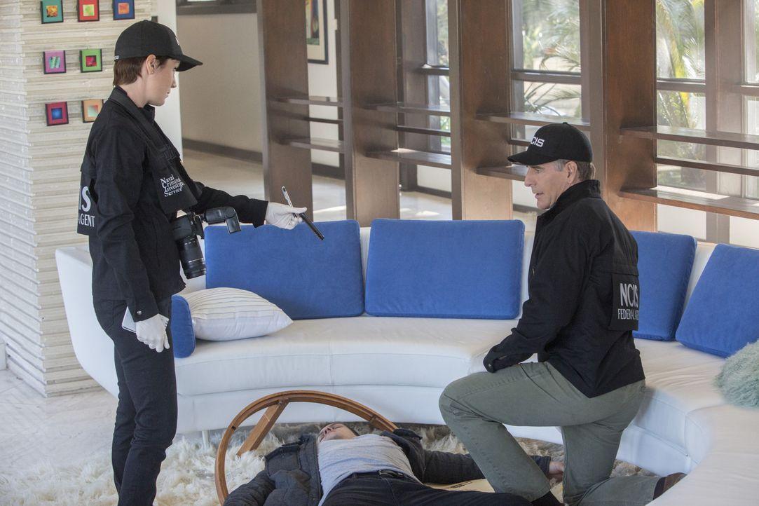 Dr. Freddy Barlow und seine Freundin Pam Shore wurden in einem Strandhaus in South Carolina, aus nächster Nähe erschossen. Pride (Scott Bakula, r.)... - Bildquelle: 2015 CBS Broadcasting, Inc. All Rights Reserved
