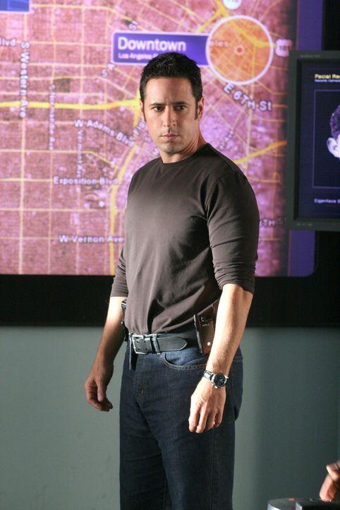 Arbeitet an einem neuen Fall: Don (Rob Morrow) ... - Bildquelle: CBS International Television
