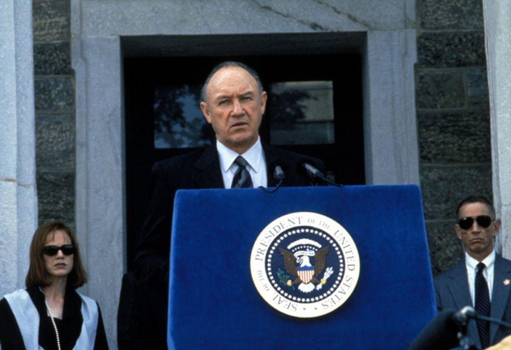 President Richmond (Gene Hackman) - Bildquelle: Warner Brothers International