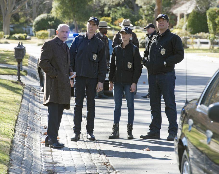 Als die Tochter der hochrangigen Navy-Offiziellen Sarah Porter entführt wird, versuchen Senior FBI Agent T.C. Fornell (Joe Spano, l.), McGee (Sean M... - Bildquelle: Neil Jacobs 2016 CBS Broadcasting, Inc. All Rights Reserved / Neil Jacobs