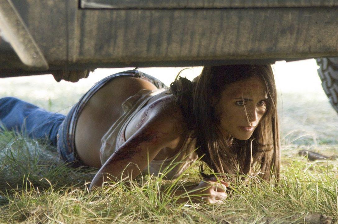 Nur eine kann die Freunde noch aus dem Haus des Horrors befreien: Chrissie (Jordana Brewster) ... - Bildquelle: 2006 Warner Brothers