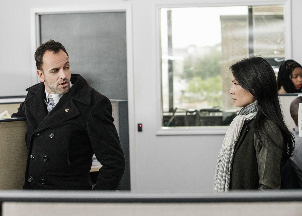 Holmes (Jonny Lee Miller, l.) und Watson (Lucy Liu, r.) waren immer ein Top-Team. Werden sie auch in Zukunft gemeinsam ermitteln können? - Bildquelle: CBS Television