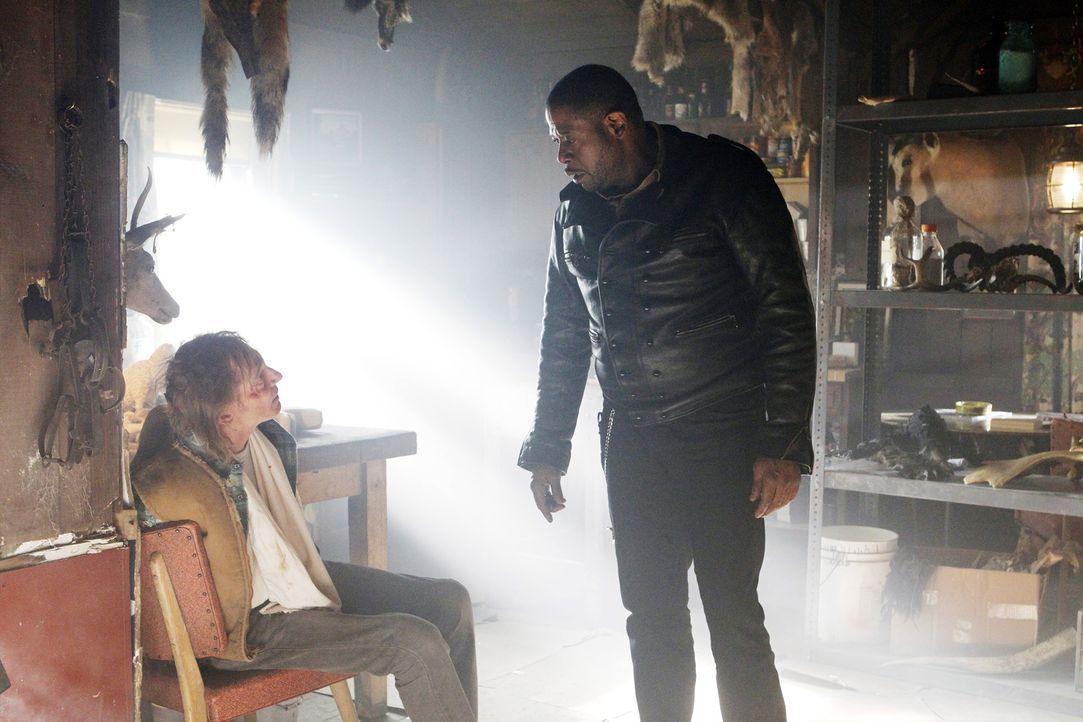 Gemeinsam mit seinem Team, ermittelt Sam (Forest Whitaker, r.) in einem neuen Fall. Dabei stoßen sie auf Emory Boyd (Cooper Huckabee, l.), doch hat... - Bildquelle: ABC Studios