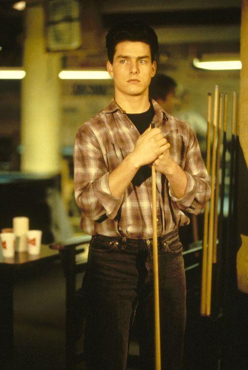 Der junge Vincent (Tom Cruise)  ist ein Hexenmeister am Billardtisch, ihm fehlt aber noch der letzte Schliff ... - Bildquelle: Buena Vista Pictures