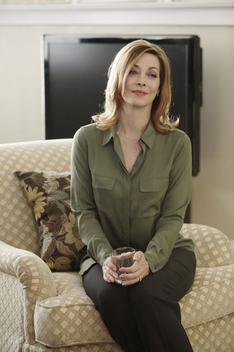 Hat Julia Stone (Sharon Lawrence) wirklich ihre kleine Tochter erstochen und ihre ältere Tochter zu einer Falschaussage gezwungen? - Bildquelle: 2013 American Broadcasting Companies, Inc. All rights reserved.