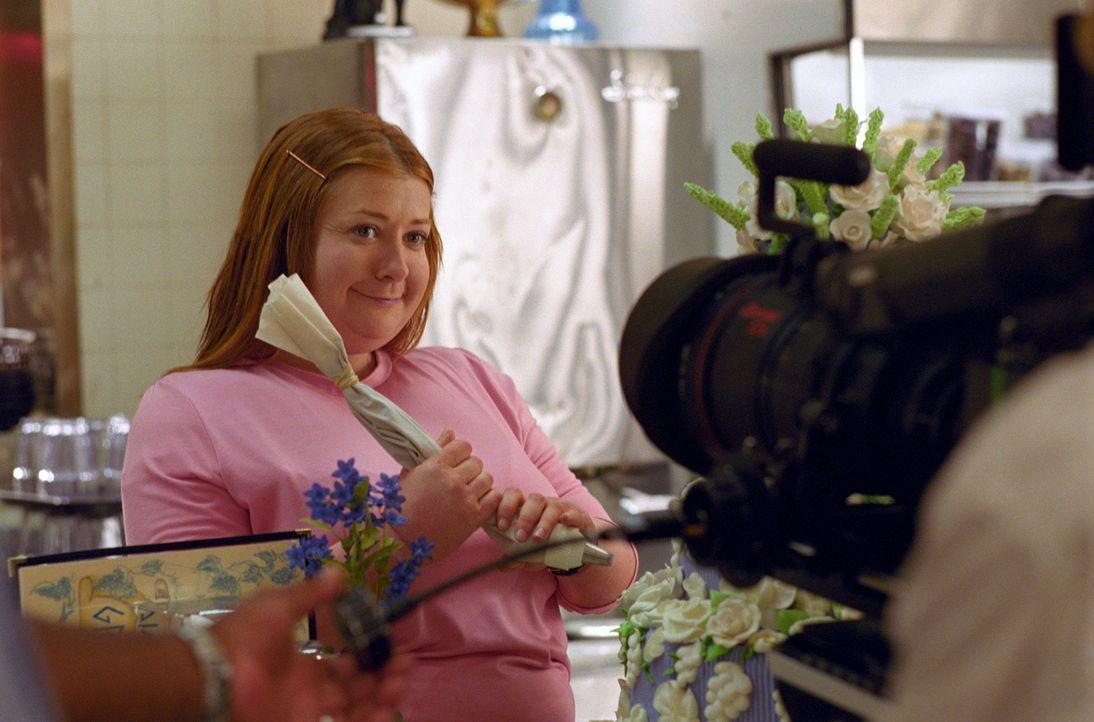 Die übergewichtige Julia Jones (Alyson Hannigan) ist total und frustriert. Sie bekommt einfach keinen Mannab. Da beschließt sie, sich Rat bei einem... - Bildquelle: Epsilon Motion Pictures