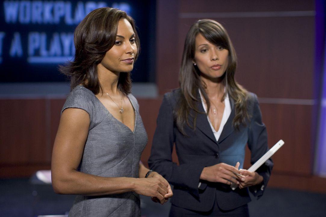 Finden plötzlich alle Männer unwiderstehlich: Allison Blake (Salli Richardson, l.) und Anne Young (Lexa Doig, r.) ... - Bildquelle: Universal Television