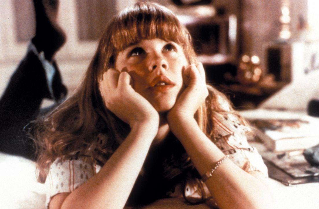 Regan MacNeil (Linda Blair), zwölfjährige Tochter der berühmten Filmschauspielerin Chris MacNeil, leidet seit kurzem unter hysterischen, von heftige... - Bildquelle: Warner Brothers International Television Distribution Inc.
