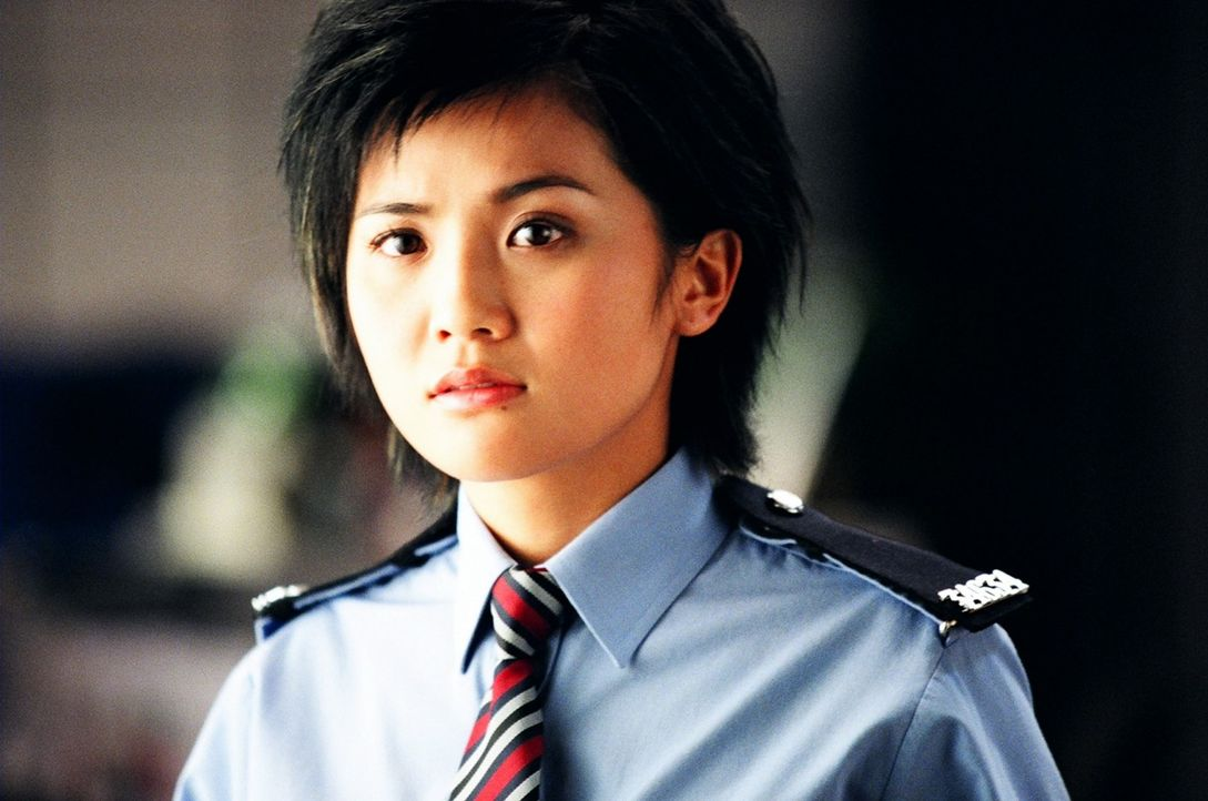 Unterstützt die Polizistenlegende Wing im Kampf gegen das Böse: Sa Sa (Charlene Choi) ... - Bildquelle: E.M.S.