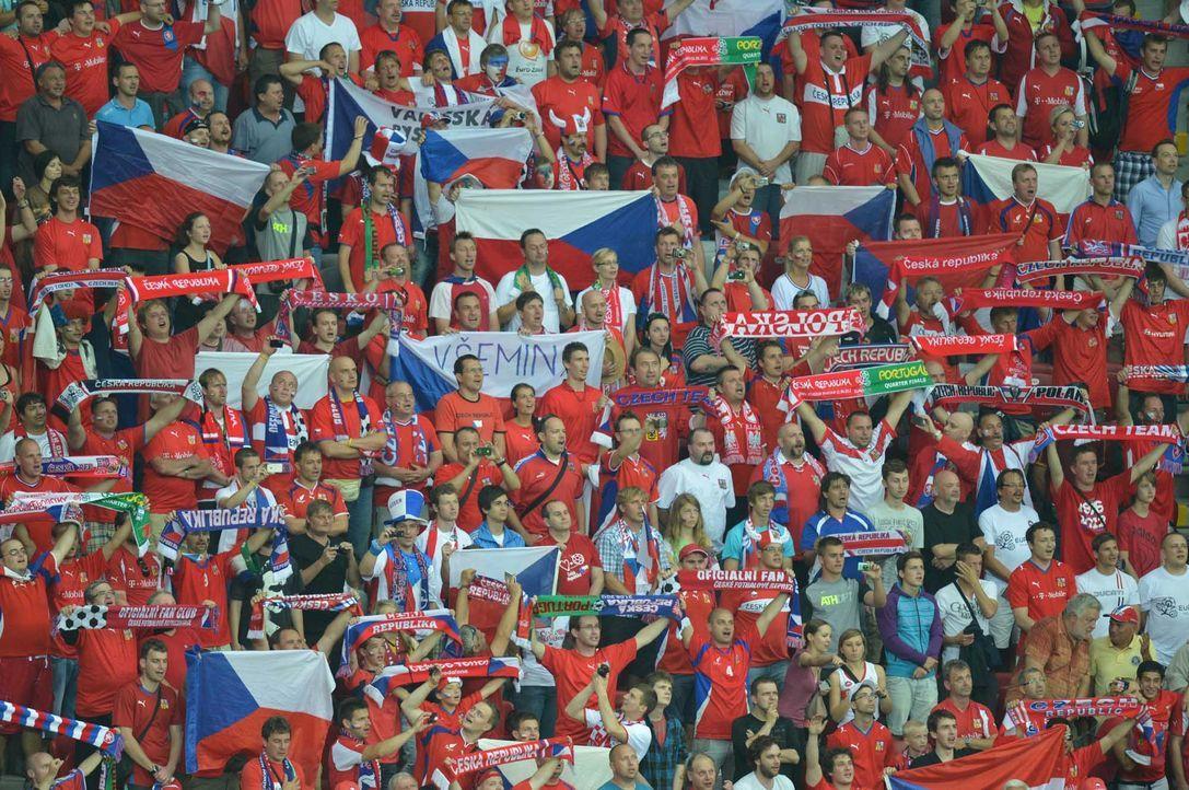 Fußball-Fan-Tschechien-120621-2-AFP - Bildquelle: AFP