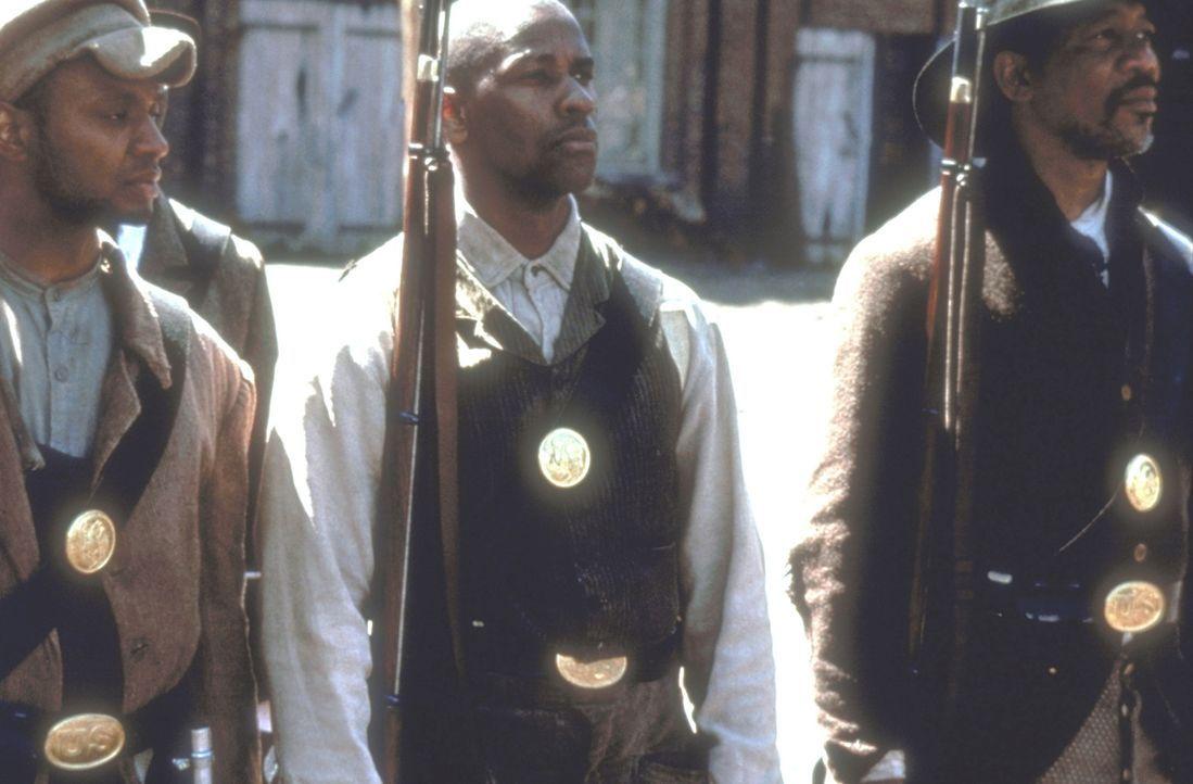 Der aufrührerischer Soldat Trip (Denzel Washington, M.) ist aus der Sklaverei in die Armee geflohen, um für seine Rechte zu kämpfen ... - Bildquelle: TriStar Pictures