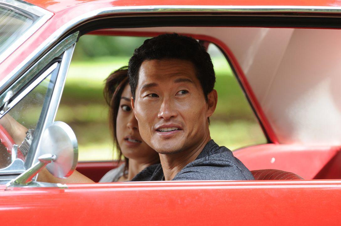 Ein freier Tag endet für Chin (Daniel Dae Kim, r.) und Kono (Grace Park, l.) völlig anders als geplant ... - Bildquelle: Norman Shapiro 2015 CBS Broadcasting, Inc. All Rights Reserved