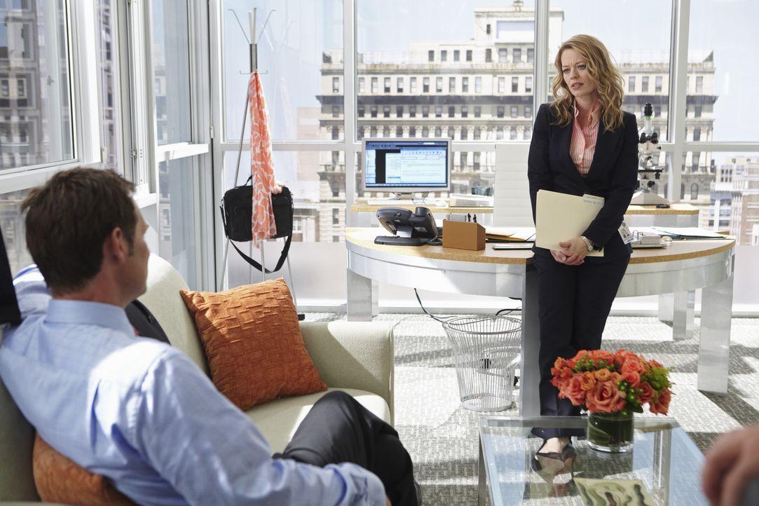 Was hat Megans Ex-Mann Todd Fleming (Jeffrey Nordling, l.) mit Kate Murphy (Jeri Ryan, r.) zu tun? - Bildquelle: ABC Studios