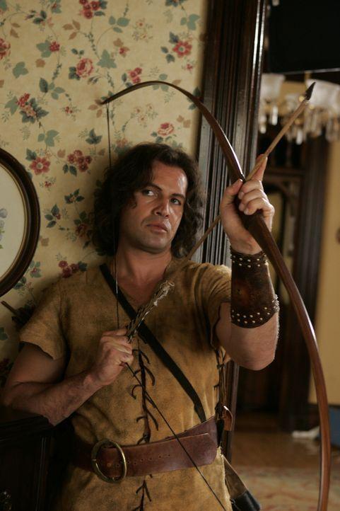 Im Glauben, er sei Robin Hood, versucht Drake (Billy Zane) in San Francisco die Reichen auszurauben und die Armen zu beschenken ... - Bildquelle: Paramount Pictures