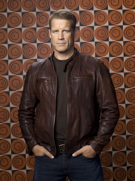 (2. Staffel) - Ein einzigartiger Bodyguard: Christopher Chance (Mark Valley) ... - Bildquelle: Warner Bros. Television
