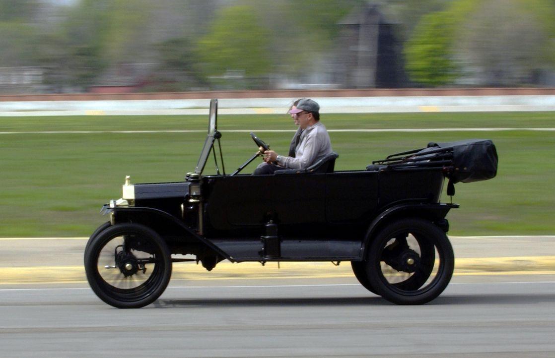 Modell T von Ford 2 - Bildquelle: dpa