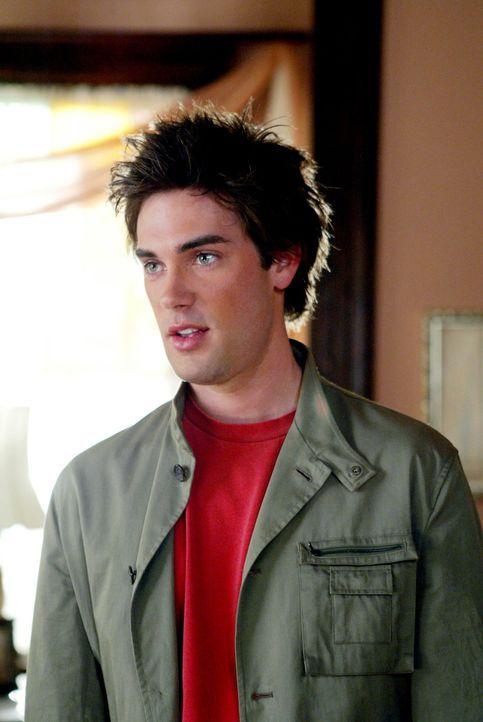 Chris (Drew Fuller) ist hier, um die Zukunft zu verändern, indem er die Mächtigen Drei rettet ... - Bildquelle: Paramount Pictures