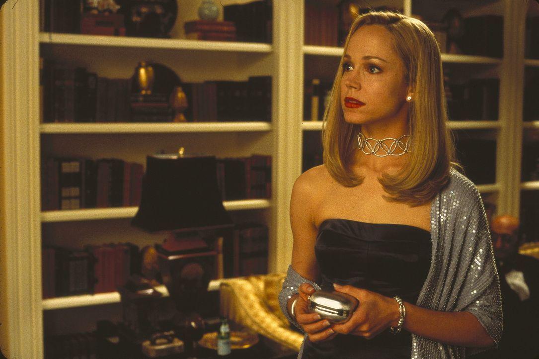 Um die charmante Allison (Frances O'Connor) zu gewinnen, verkauft Elliot seine Seele dem Teufel. Als Gegenleistung erhält er sieben Mal die Möglic... - Bildquelle: The 20th Century Fox Film Corporation