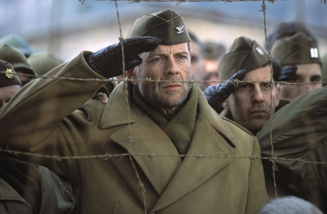 Ein Kriegsgefangenenlager der Nazis: Die dort inhaftierten Soldaten sind den Schikanen der Aufseher und der erbarmungslosen Härte des Lagerkommandan... - Bildquelle: Metro-Goldwyn-Mayer Studios Inc. All Rights Reserved.