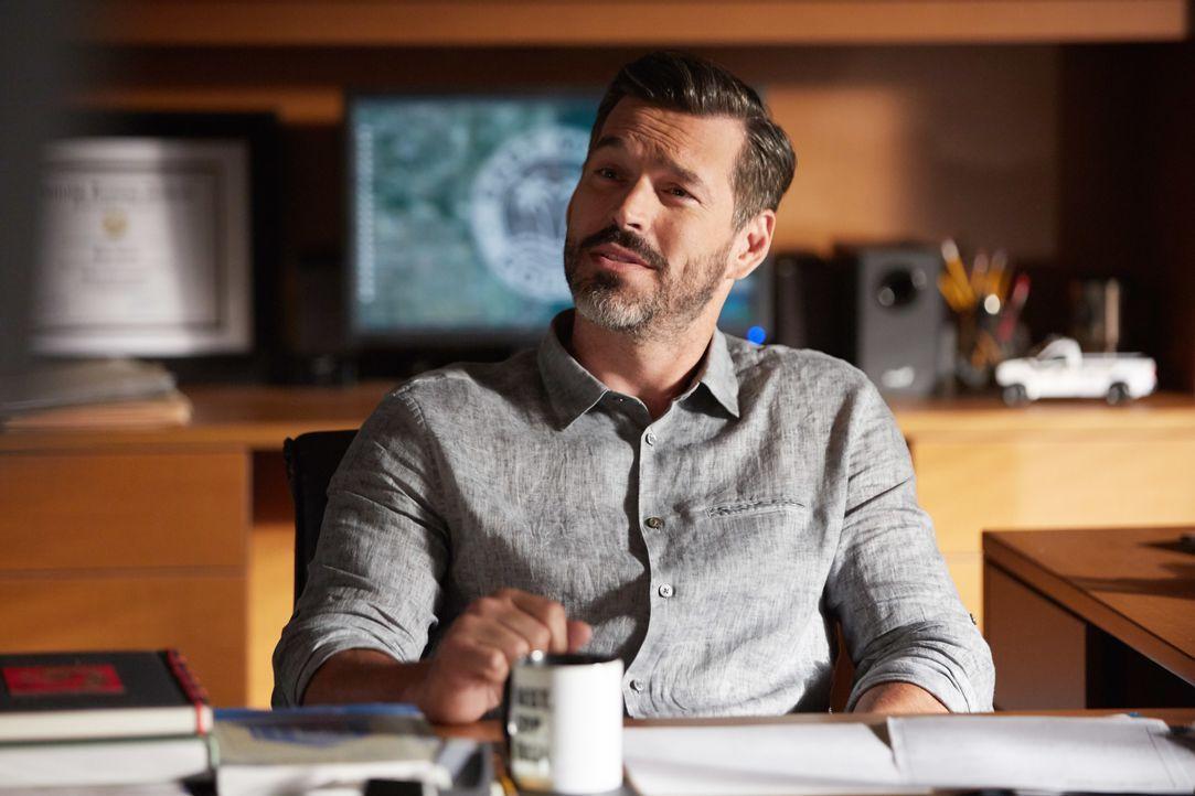 Was hat er mit seinem Vorgänger vor? Captain Ryan Slade (Eddie Cibrian) übergibt Hornstock lauter simpelste Aufgaben ... - Bildquelle: 2016-2017 Fox and its related entities. All rights reserved.