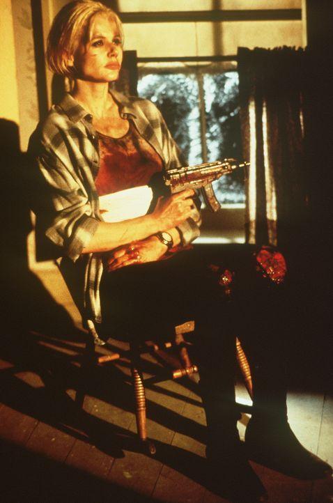 Eines Tages wird die Kleinstadtlehrerin Charly (Geena Davis) von ihrer vergessenen Vergangenheit eingeholt und muss einen blutigen Preis für ihr vor... - Bildquelle: New Line Cinema