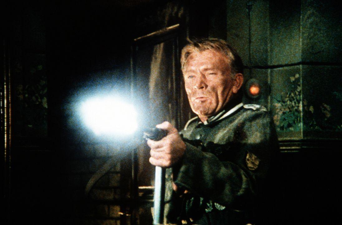 Eigentlich sieht Feldwebel Steiner (Richard Burton) keinen Sinn mehr im Krieg - doch er muss um sein Leben kämpfen ... - Bildquelle: Worldvision Enterprises Inc.