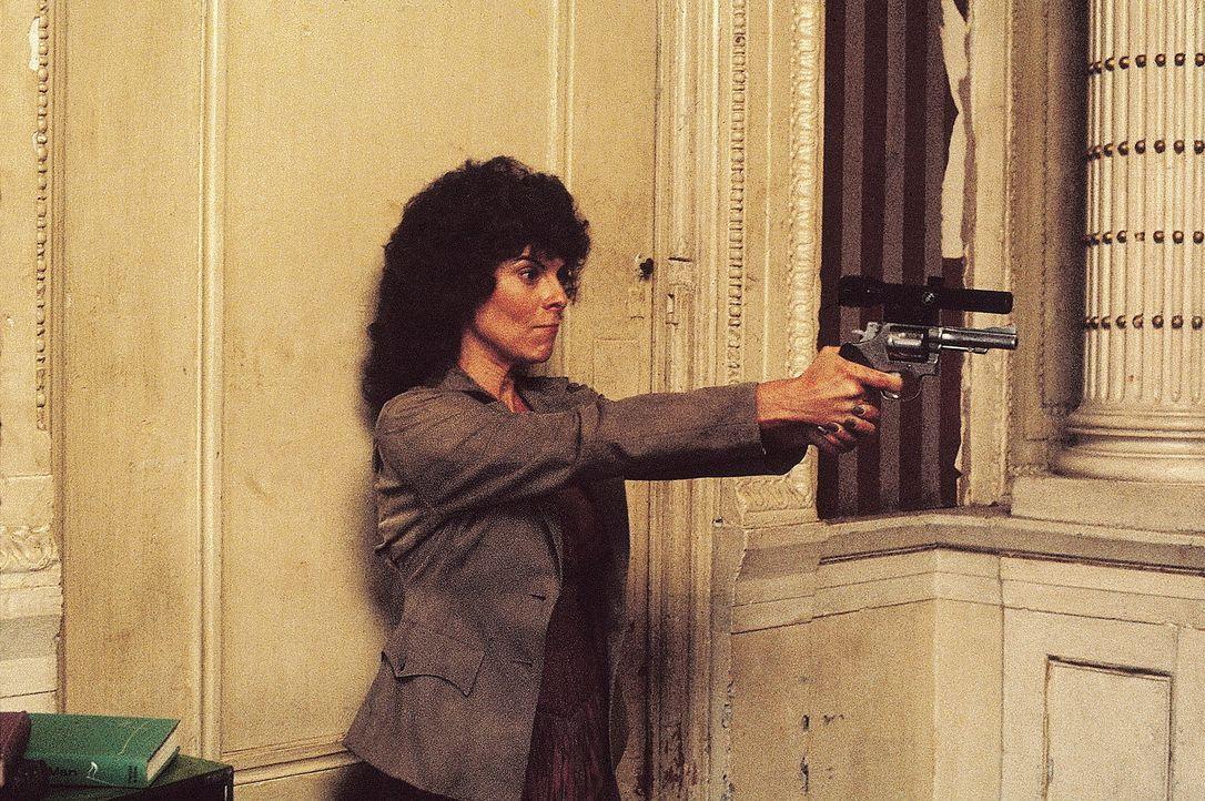 Maggie (Adrienne Barbeau) kennt das Gesetz der Gefängnisinsel: Töten oder getötet werden ... - Bildquelle: AVCO Embassy Pictures