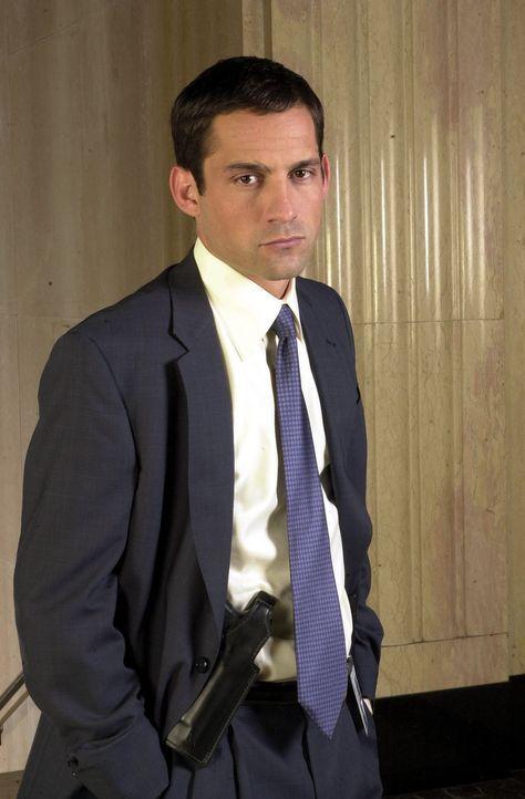 (1. Staffel) - FBI-Agent Danny Taylor (Enrique Murciano) konzentriert seine ganze Kraft in die Suche der Vermissten ... - Bildquelle: Tony Esparza Warner Bros. Entertainment Inc.