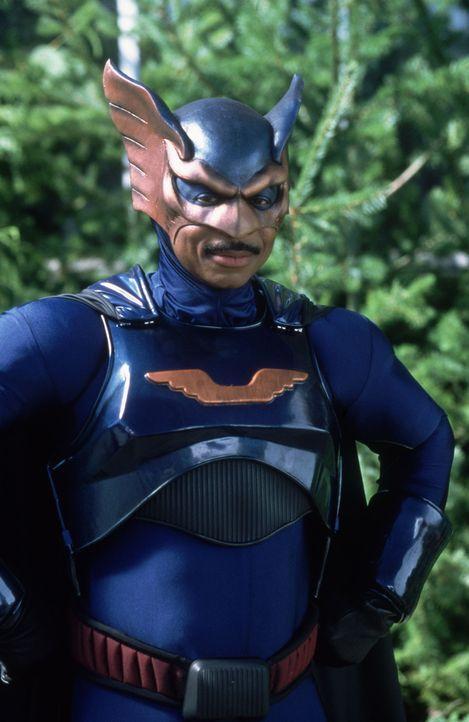 Hofft, dass sein Sohn Scott ebenfalls Superkräfte besitzt: Bronze Eagle (Robert Townsend) ... - Bildquelle: Disney