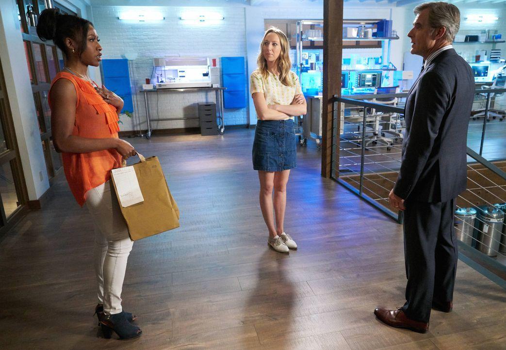 Als sich Pippy (Gabrielle Dennis, l.) und TMI (Anna Konkle, M.) über Nacht ins Labor einschließen, um bei den Ermittlungen zu helfen, bekommen sie ü... - Bildquelle: 2015-2016 Fox and its related entities.  All rights reserved.