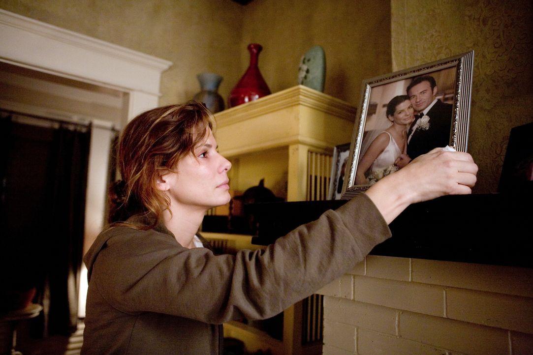 Für die zweifache Mutter Linda Hanson (Sandra Bullock) bricht eine Welt zusammen, als ihr Mann bei einem Autounfall ums Leben kommt. Doch am nächste... - Bildquelle: KINOWELT FILMVERLEIH GMBH
