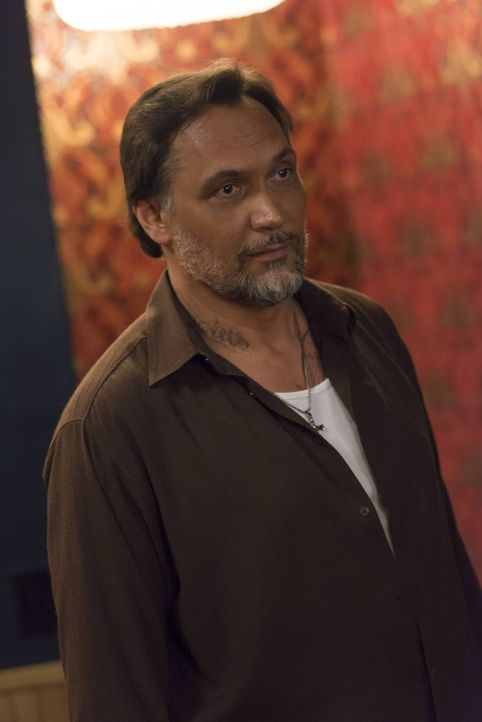 Konfrontiert Jax mit den Ereignissen der letzten Tage: Nero (Jimmy Smits) ... - Bildquelle: 2013 Twentieth Century Fox Film Corporation and Bluebush Productions, LLC. All rights reserved.