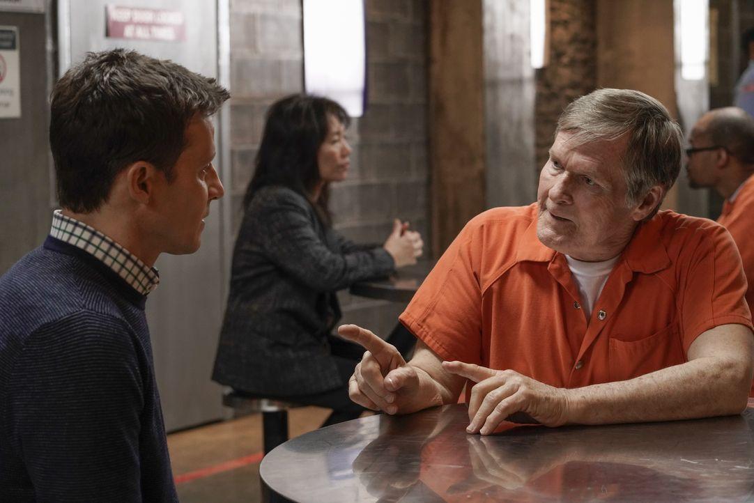 Jamie Reagan (Will Estes, l.); Armin Janko (William Sadler, r.) - Bildquelle: Patrick Harbron 2018 CBS Broadcasting, Inc. All Rights Reserved. / Patrick Harbron