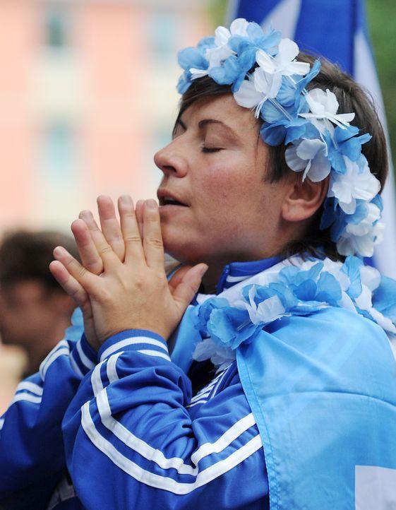 Die griechischen Fans - 7 - Bildquelle: dpa