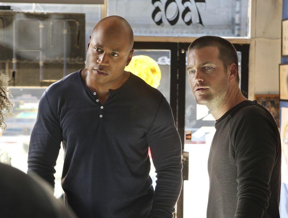 Ein neuer Fall beschäftigt Special Agent G. Callen (Chris O'Donnell, r.) und Special Agent Sam Hanna (LL Cool J, l.) ... - Bildquelle: CBS Studios Inc. All Rights Reserved.